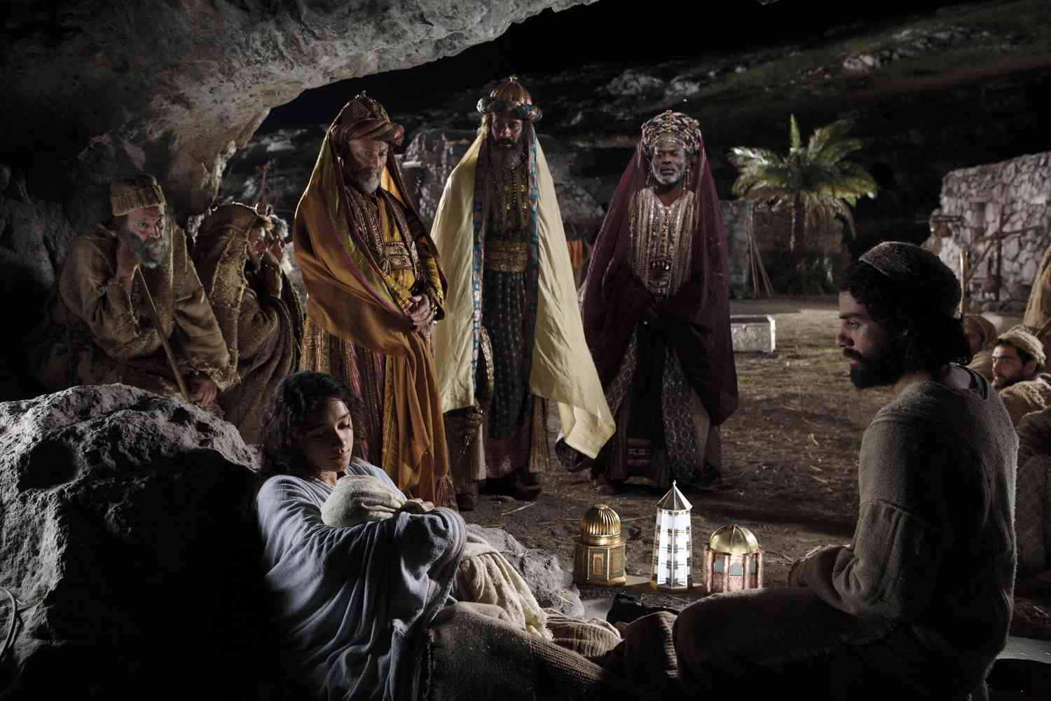 3 Wise Men Gifts For Christmas: LOVING PEOPLE WHO ARE DIFFERENT « Abidan Paul Shah
